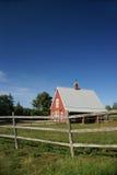 Granaio di colore rosso della Nuova Inghilterra Fotografie Stock Libere da Diritti