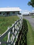 Granaio e rete fissa - azienda agricola della Pensilvania Fotografie Stock Libere da Diritti