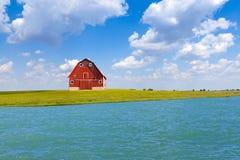 Granaio rosso americano tradizionale fotografie stock libere da diritti