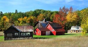Granaio rosso di autunno, dune dell'orso di sonno del Michigan Immagini Stock