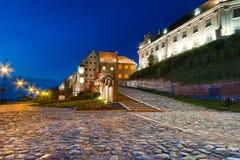 Granaries i Grudziadz på natten Arkivbilder