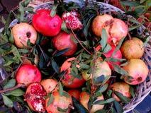 granatäpfel Stockbilder
