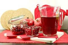 Granatapfel-heißer Tee Lizenzfreie Stockfotos