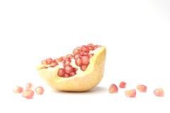 Granatapfel lokalisiert auf weißem Hintergrund Lizenzfreie Stockfotografie