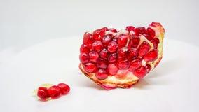 Granatapfel oder Punica granatum auf weißem Hintergrund Stockbild