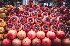 Granaten auf dem Markt Stockfotografie