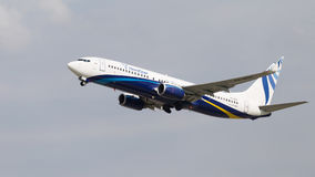Grand avion de passagers Boeing 737 Photo stock
