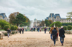 Grand Bassin Rond and Arc de Triomphe du Carrousel in Paris Stock Photography