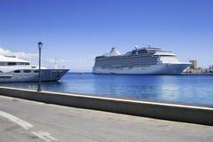 Grand bateau de croisière Images libres de droits