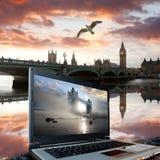 Grand Ben avec la passerelle de tour, Londres Image libre de droits
