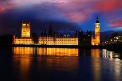 Grand Ben en soirée, Londres, R-U Photo stock