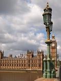 Grand Ben et Chambres du Parlement à Londres Images libres de droits