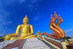 Grand Bouddha chez Wat Muang, Thaïlande Images stock