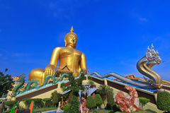 Grand Bouddha chez Wat Muang, Thaïlande Image libre de droits