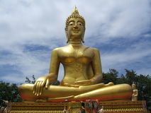 Grand Bouddha d'or Photographie stock libre de droits