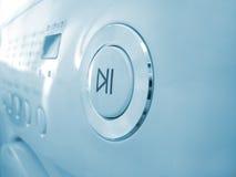 Grand bouton marche sur la machine de lavage photographie stock libre de droits