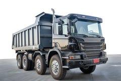 Grand camion à benne basculante avec le fond blanc d'isolement images stock