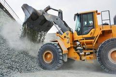 Grand camion d'extraction jaune Photo libre de droits
