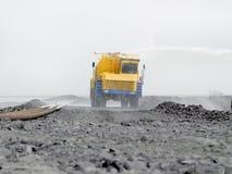 Grand camion pour arroser le liquide Images libres de droits