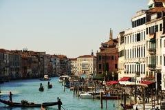 Grand Canal contre le ciel bleu, tonalités de vintage, à Venise, l'Italie, l'Europe photo stock