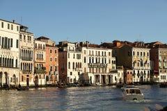 Grand Canal de Veneza e de suas construções Imagem de Stock