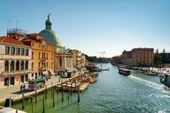 Grand Canal ed il San Simeone Piccolo a Venezia, Italia Fotografia Stock Libera da Diritti