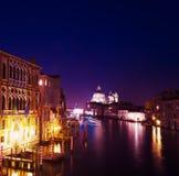 Grand Canal op een duidelijke nacht Royalty-vrije Stock Afbeeldingen