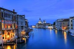 Grand Canal på skymning, Venedig Arkivfoton