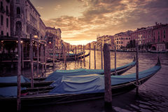 Grand Canal på solnedgången i Venedig Royaltyfria Foton