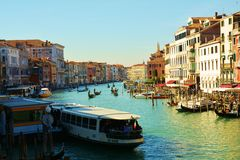 Grand Canal van Rialto-brug, Venetië, Italië, Europa Stock Afbeelding