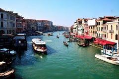 Grand Canal Venedig, från den Rialto bron Arkivbilder