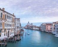 Grand Canal Venedig, i aftonljus Fotografering för Bildbyråer