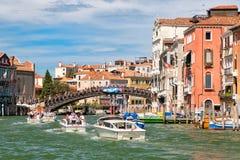 Grand Canal in Venedig mit Blick auf die Accademia-Brücke Stockfoto