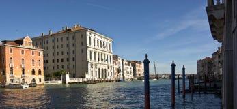 Grand Canal in Venedig, nahe der Accademia-Brücke im homonymen Bezirk Lizenzfreies Stockbild