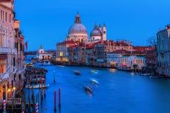 Grand Canal in Venetië, Italië, bij nacht Stock Fotografie