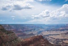 Grand Canyon in Arizona op een bewolkte dag Royalty-vrije Stock Afbeelding