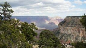 Grand Canyon con i cieli nuvolosi Fotografia Stock Libera da Diritti