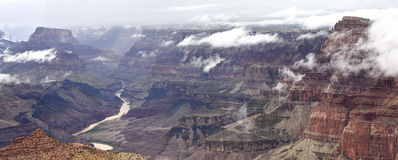 Grand Canyon de niebla Foto de archivo