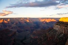 Grand Canyon an der Dämmerung Lizenzfreies Stockfoto