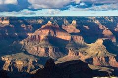 Grand Canyon an der Dämmerung Lizenzfreie Stockfotografie
