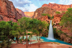 Grand Canyon fantastiska havasunedgångar i Arizona Arkivfoto