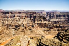 Grand Canyon -het Westenrand - Eagle Point, zonnige dag, blauwe hemel - Arizona, AZ Stock Afbeelding