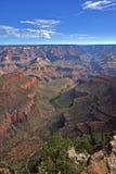 Grand Canyon mit einer Ansicht der Spuren Lizenzfreie Stockfotografie