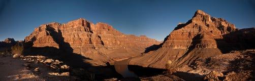 Grand Canyon panoramisch lizenzfreie stockbilder