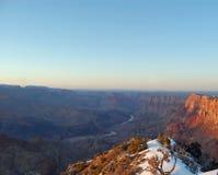 Grand Canyon södra kant på solnedgången Arkivbild