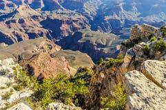 Grand Canyon van de Dalingen van Arizona weg van Toename van Afzettingsgesteente stock foto's