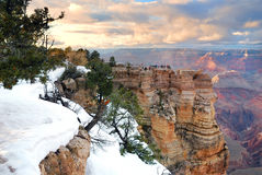 Grand Canyonpanoramaansicht in Winter mit Schnee Lizenzfreie Stockfotografie