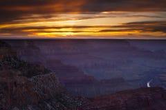 Grand Canyonsolnedgång royaltyfri fotografi