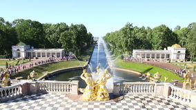 Grand cascade in Peterhof , Saint-Petersburg stock video