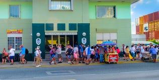 Grand Cayman-Urlauber lizenzfreies stockbild